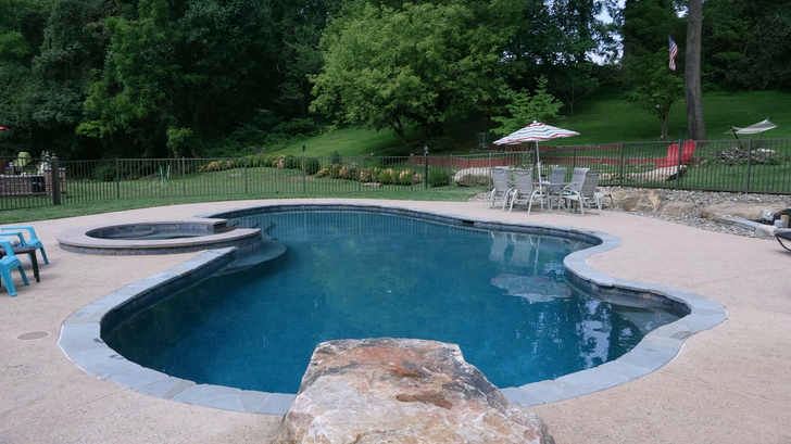 Wet edge products twilight - Crystal clear pools ...