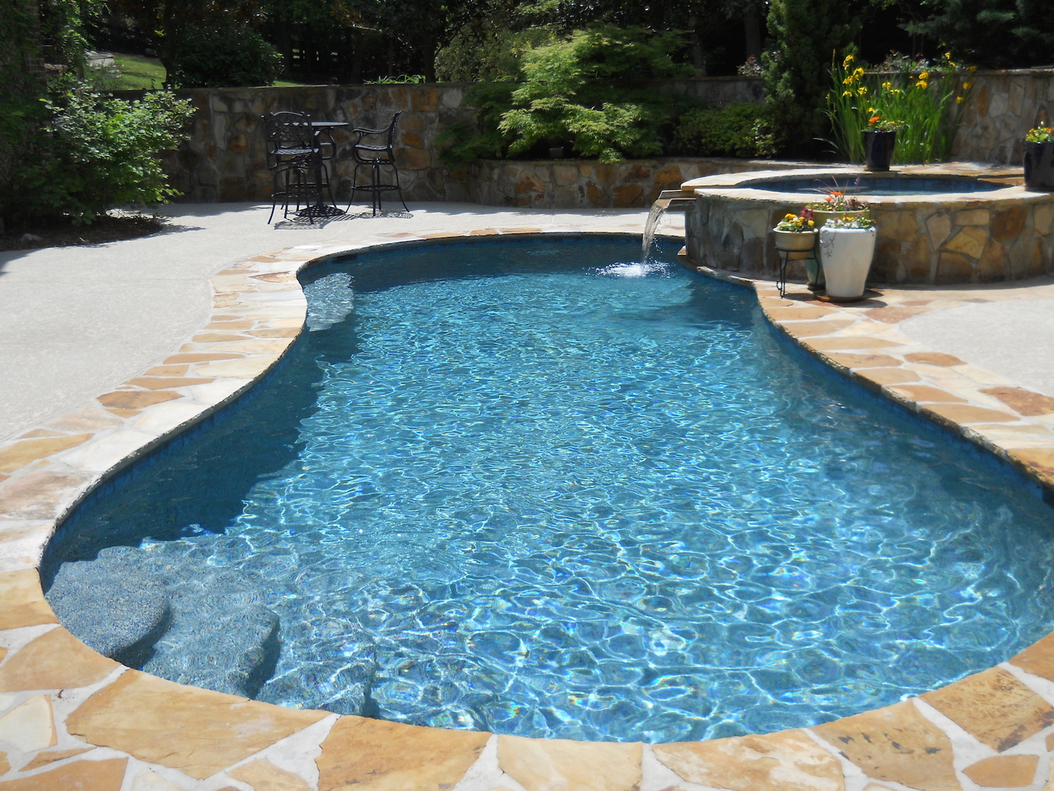 Wet edge products blue lagoon for Pool plaster