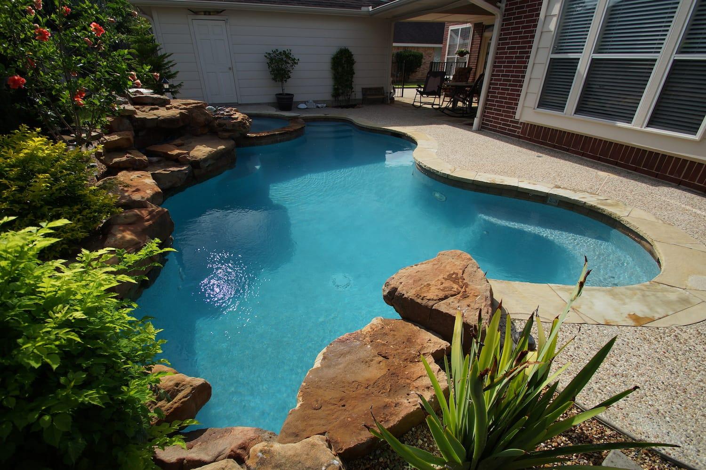 Pearl Matrix Aqua Pool Finish 2