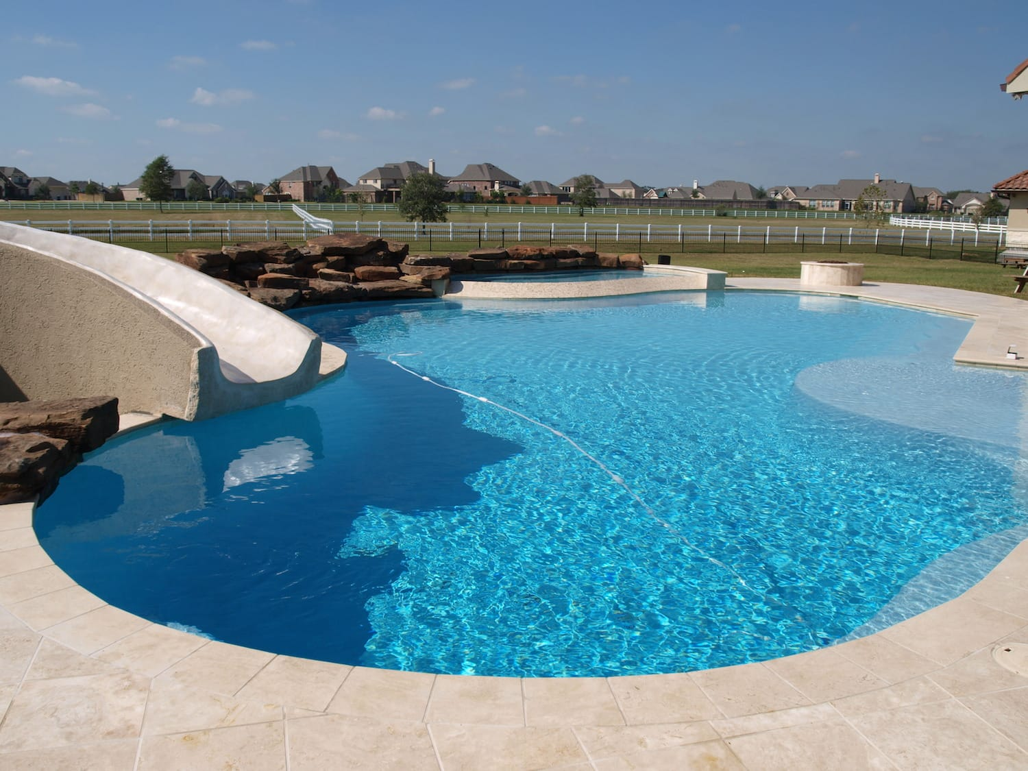 primera-stone-blue-pacific-coast-pool-finish-1