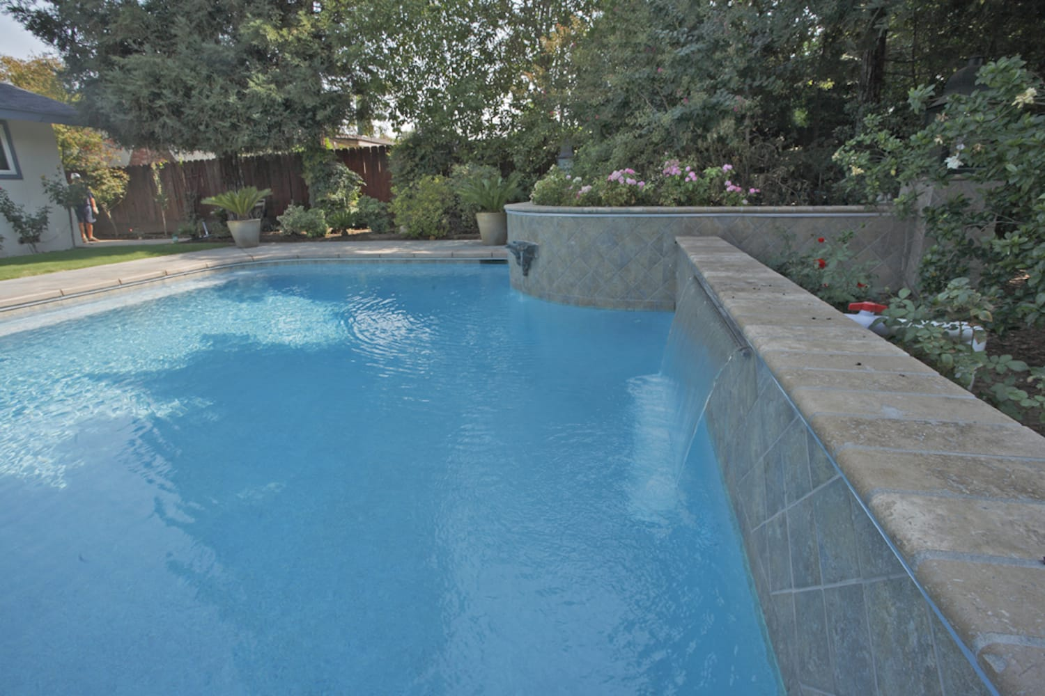 primera-stone-blue-pacific-coast-pool-finish-2